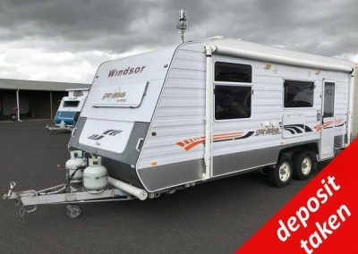 Windsor Genesis GC638s Caravan