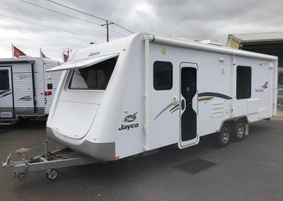 Jayco Sterling Slideout 24.75-2 Caravan