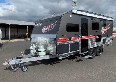NEW Highline Kinsman Family Van 19'6 Caravan